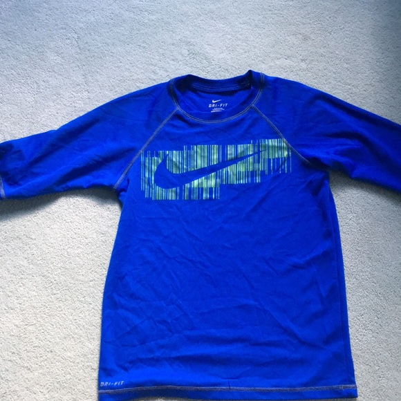 d782ad6a Boys Nike dri-fit swim shirt! DONATING SOON! M_5b65f8ef153795f299146788